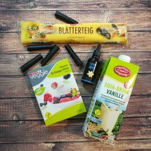 Blätterteig, vegane Schlagcreme, Soja-Drink Vanille, Flavour Drops Vanille, Mini Schaumrollen Formen